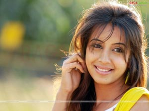 Bujjigadu Heroine Sanjana Photo Gallery