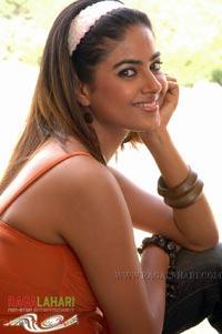 Meera Chopra @ SSS Sets