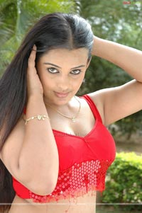 Roopa Kaur Photo Gallery