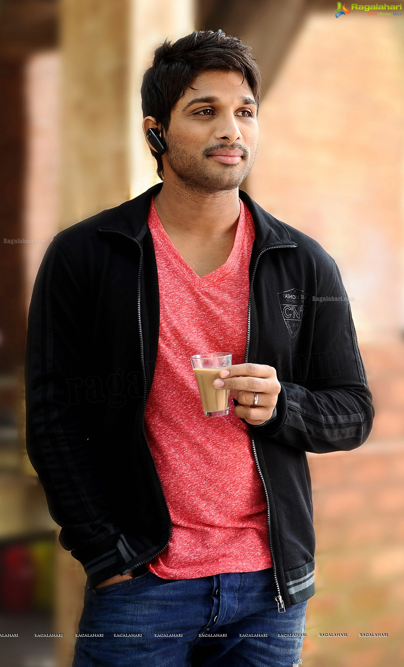 ... tomorrow read sources let allu arjun telugu superstar allu arjun will