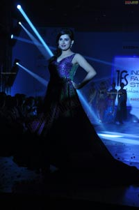 Veda Archana walks the ramp at Indian Fashion Street