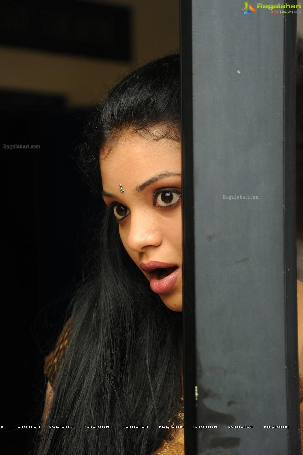 supraja image 24 | telugu heroines posters,images, photos, pictures