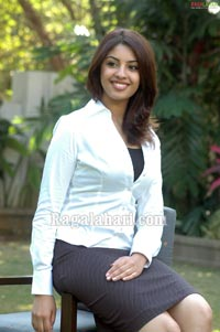 Richa Gangopadhyay Photo Gallery