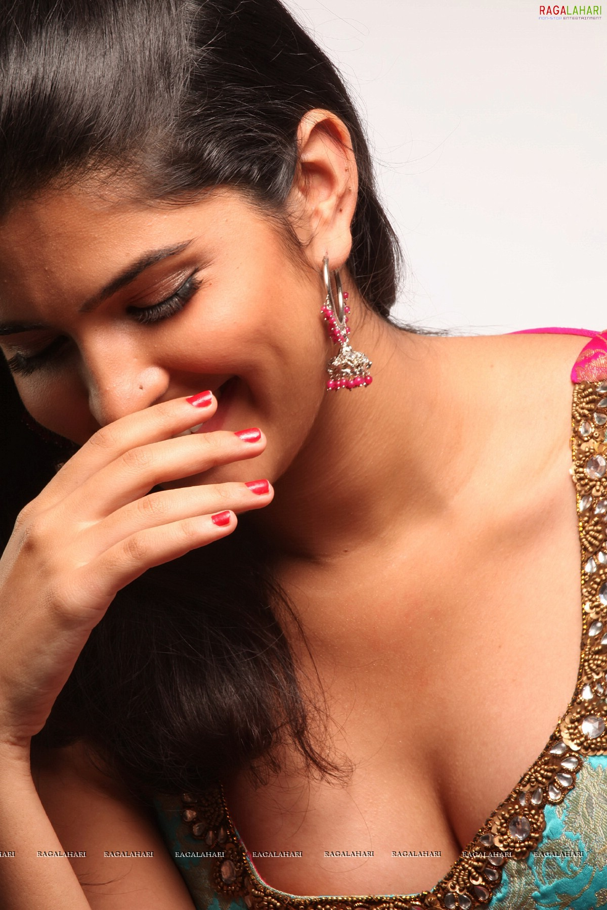 deeksha seth (hi-res) image 7 | tollywood actress images,images