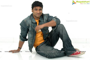 Singer Sagar Hi-Res Photos