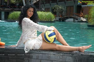 Kamna Jetmalani Hot at Swimming Pool