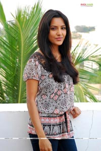 Leader Heroine Priya Anand Photo Gallery