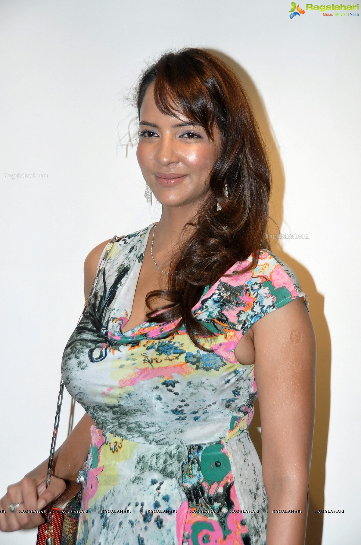 Lakshmi Manchu Nude Photos 54