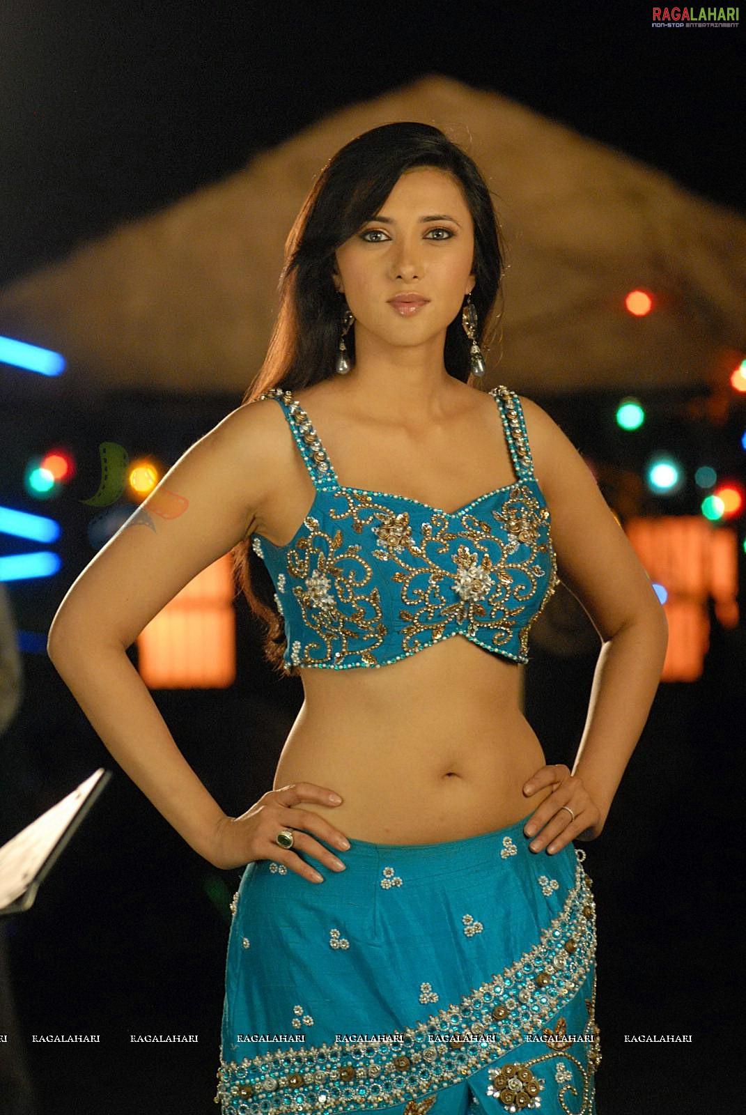 Sakshi Shivanand Nude Photos 50