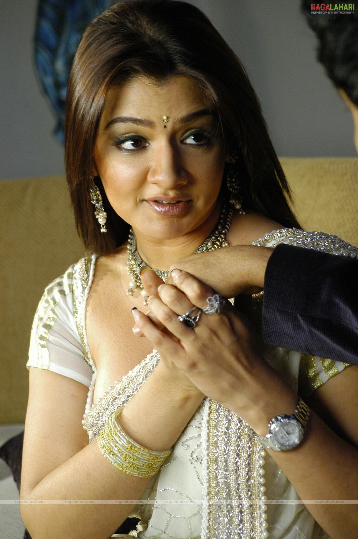 Aarti Agarwal Nude Photos 41