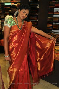 Creative Seasons 2011 Collections Launch at Trisha Designer Boutique