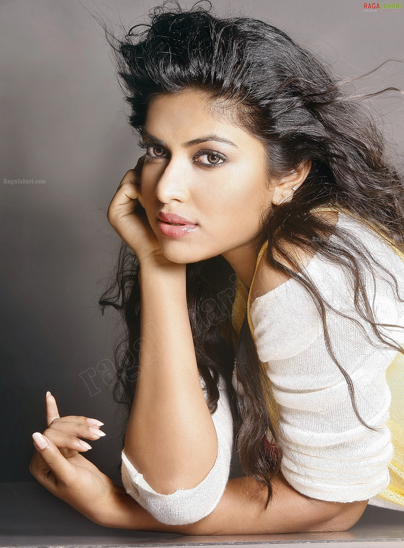 amala paul (posters) image 12 | beautiful tollywood actress pictures