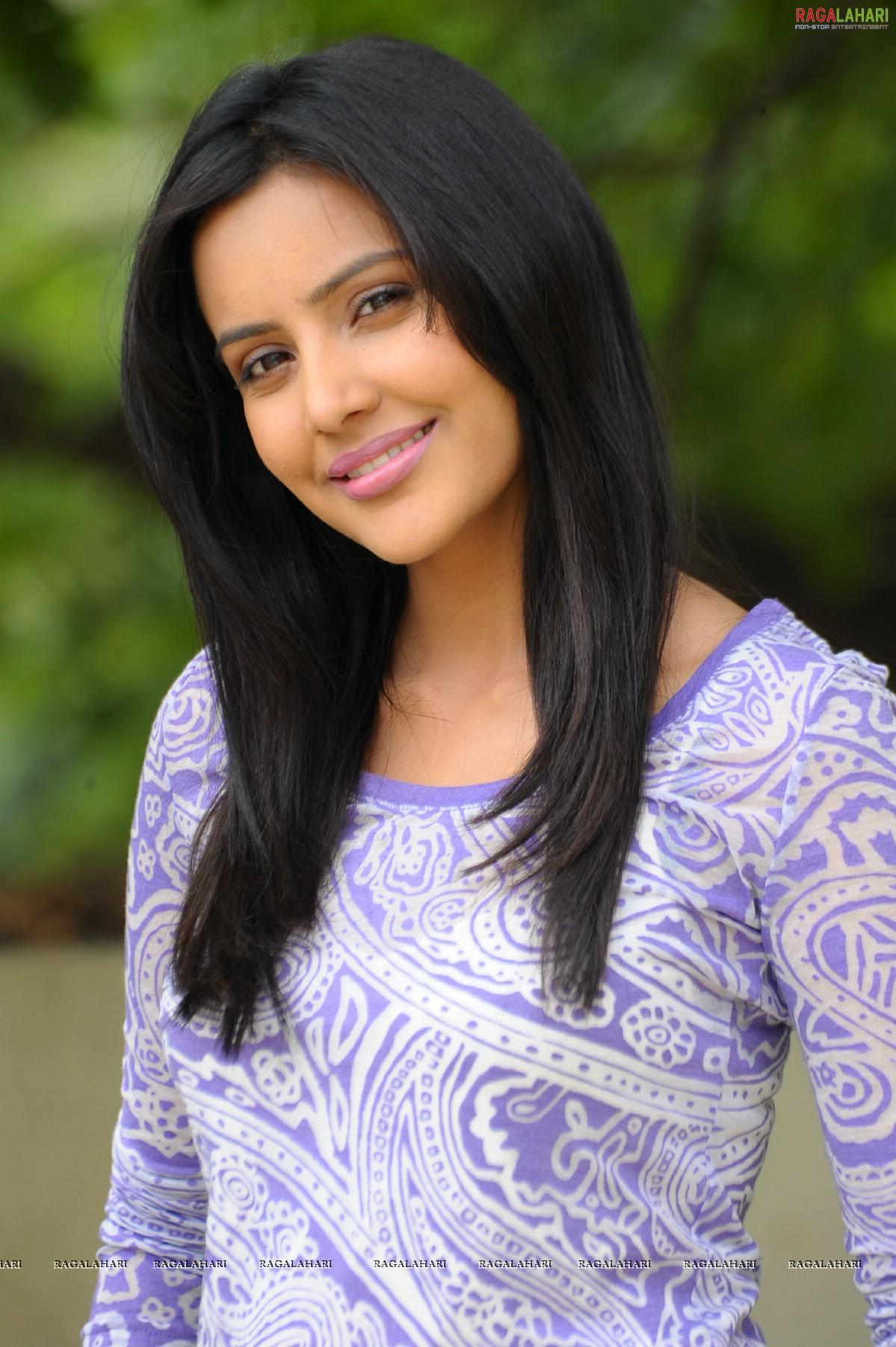 priya anand (hi-res) image 6 | telugu actress photo gallery,images