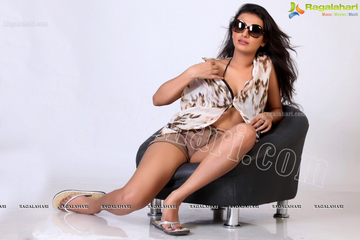 Randi Babu Vachi Photo Tesukondi  nsfw - Old Discussions
