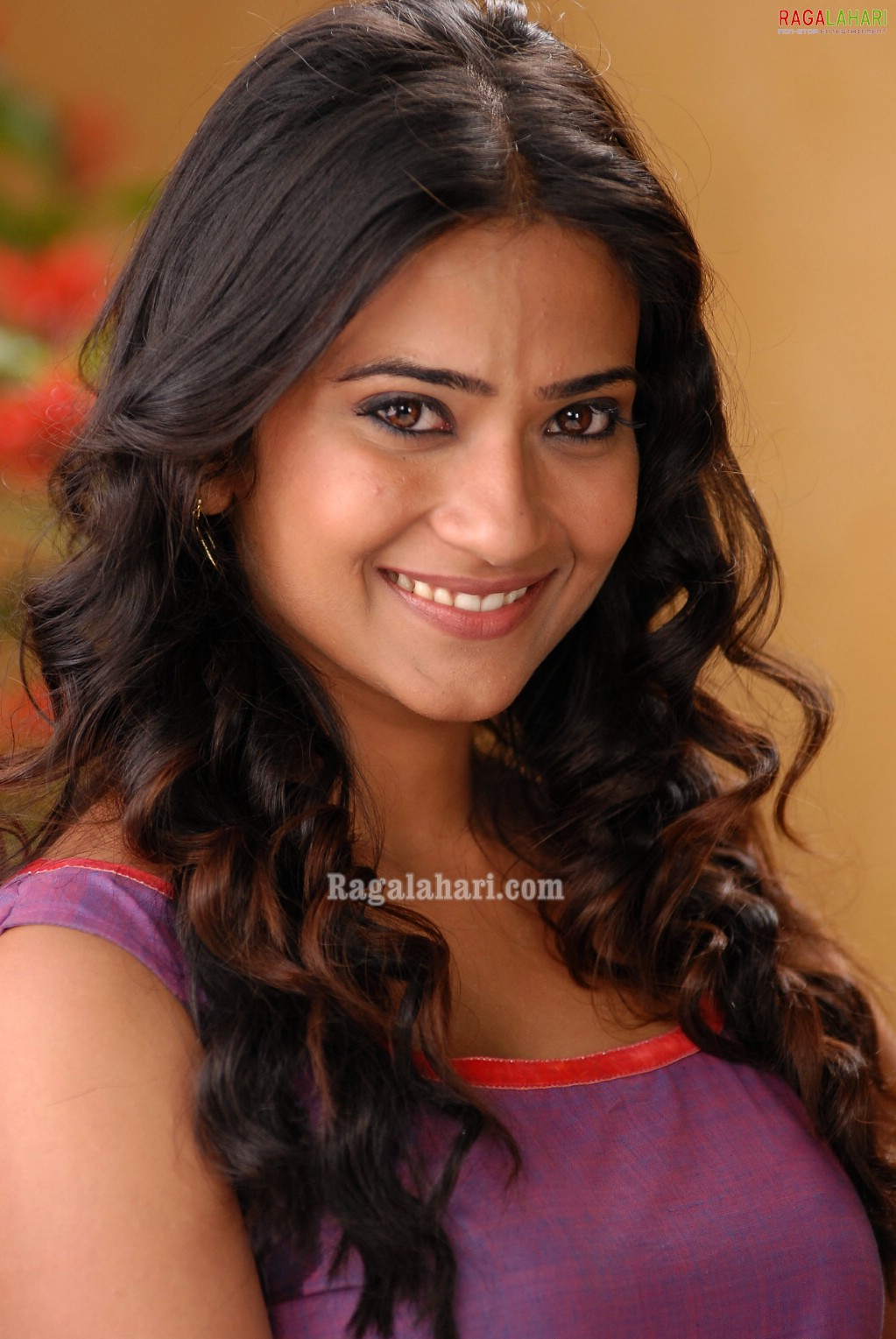 aditi sharma image 6 | tollywood actress photos,telugu movie actress