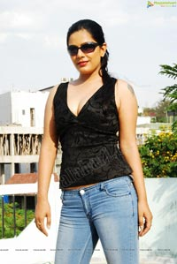 Anjali Dwivedi Spicy Photos