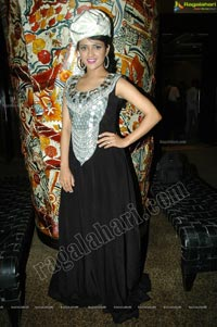 Heroine Faith at Lakhotia Designers Awards 2012 Curtain Raiser