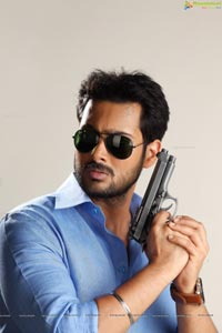 Uday Kiran as Police Officer