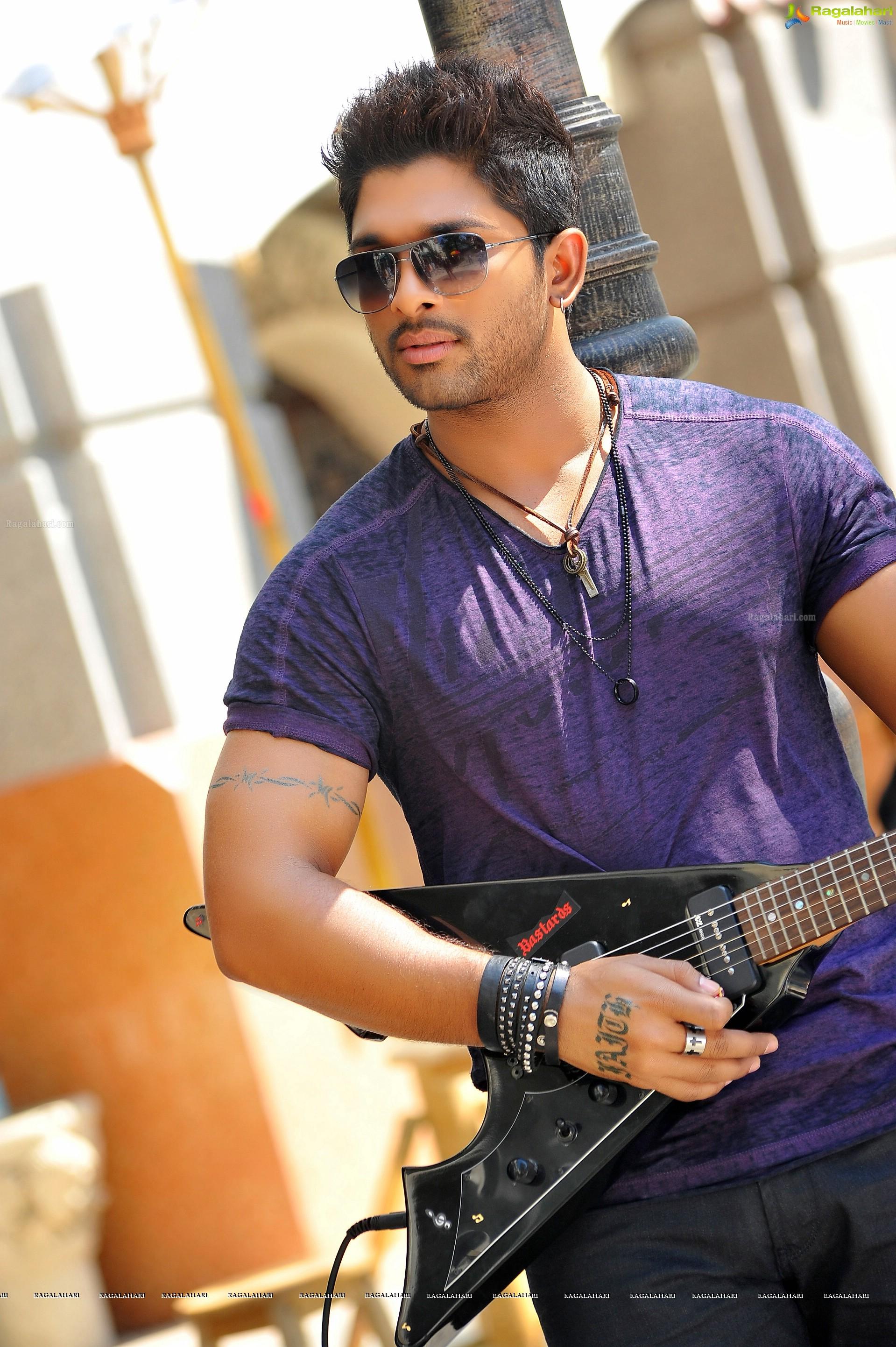 Allu Arjun Hd Image 3 Telugu Cinema Hero Photos Galleryimages