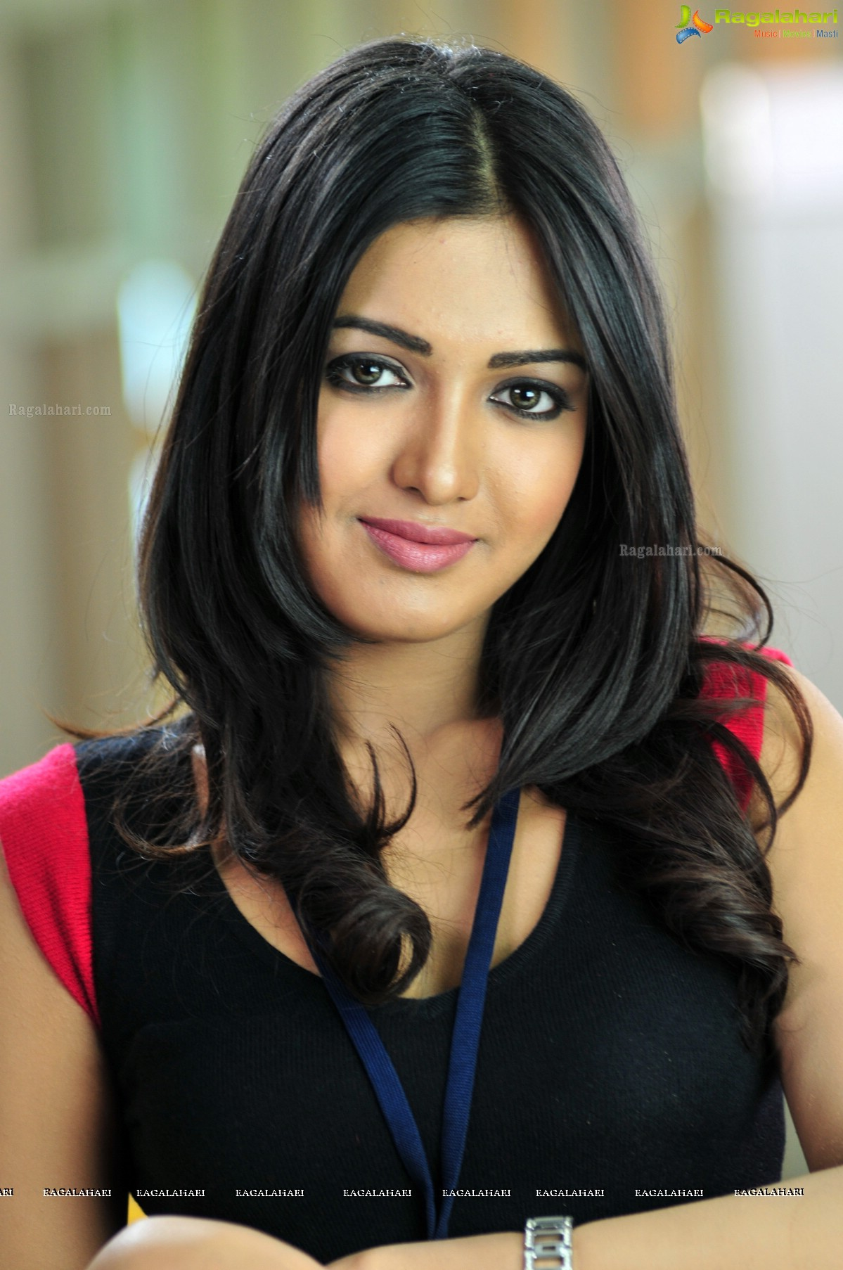 Catherine Tresa Nude Photos 8