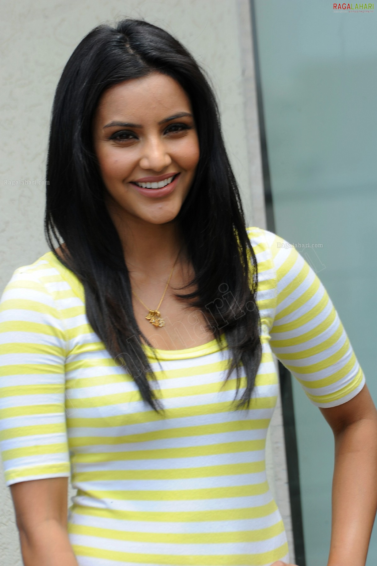 priya anand (hi-res) image 55 | telugu actor photos,images, photos