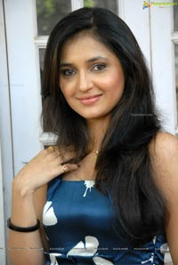 Beautiful Telugu Anchor Sarayu Photos