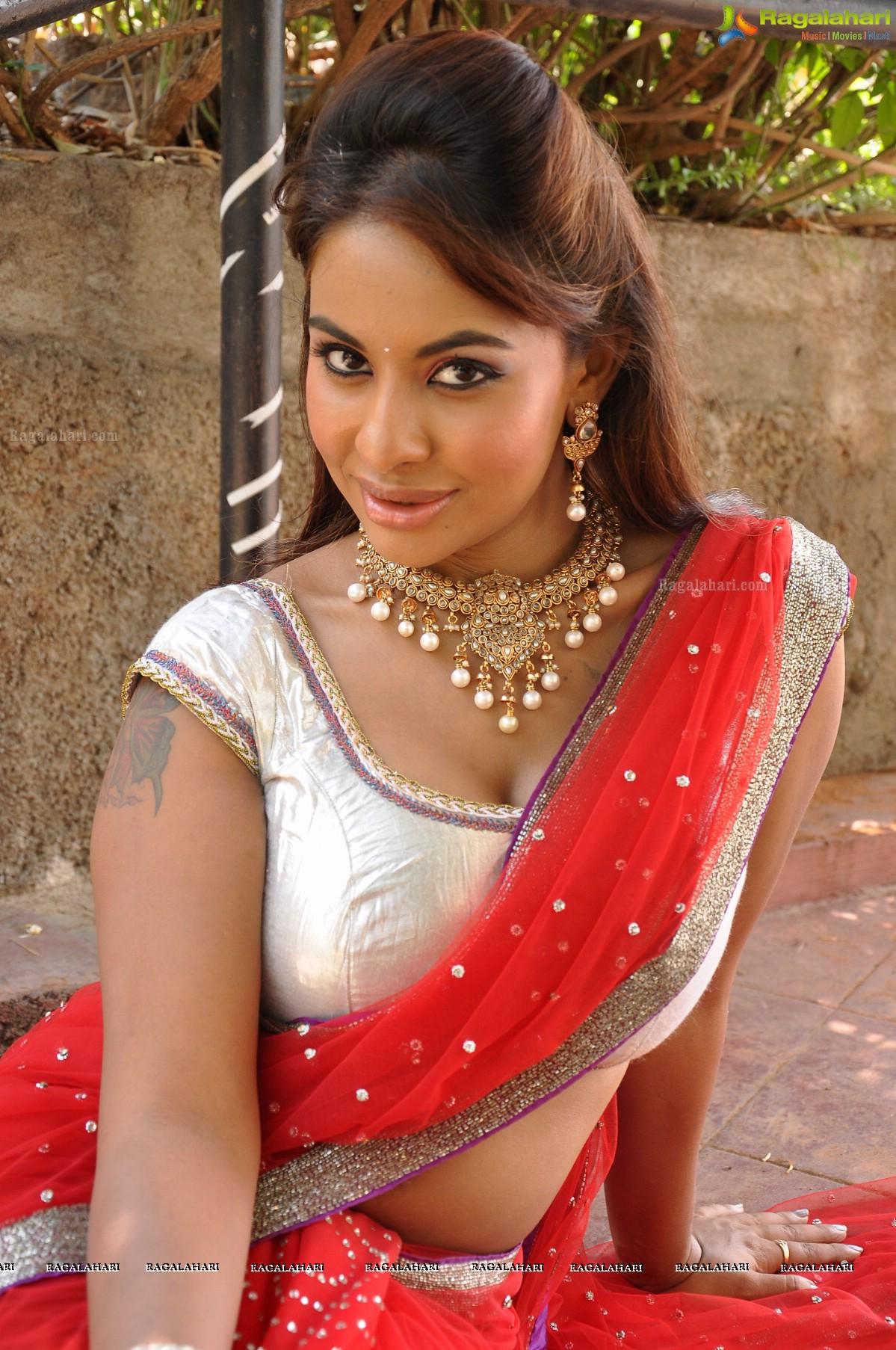 saree Srilekha reddy