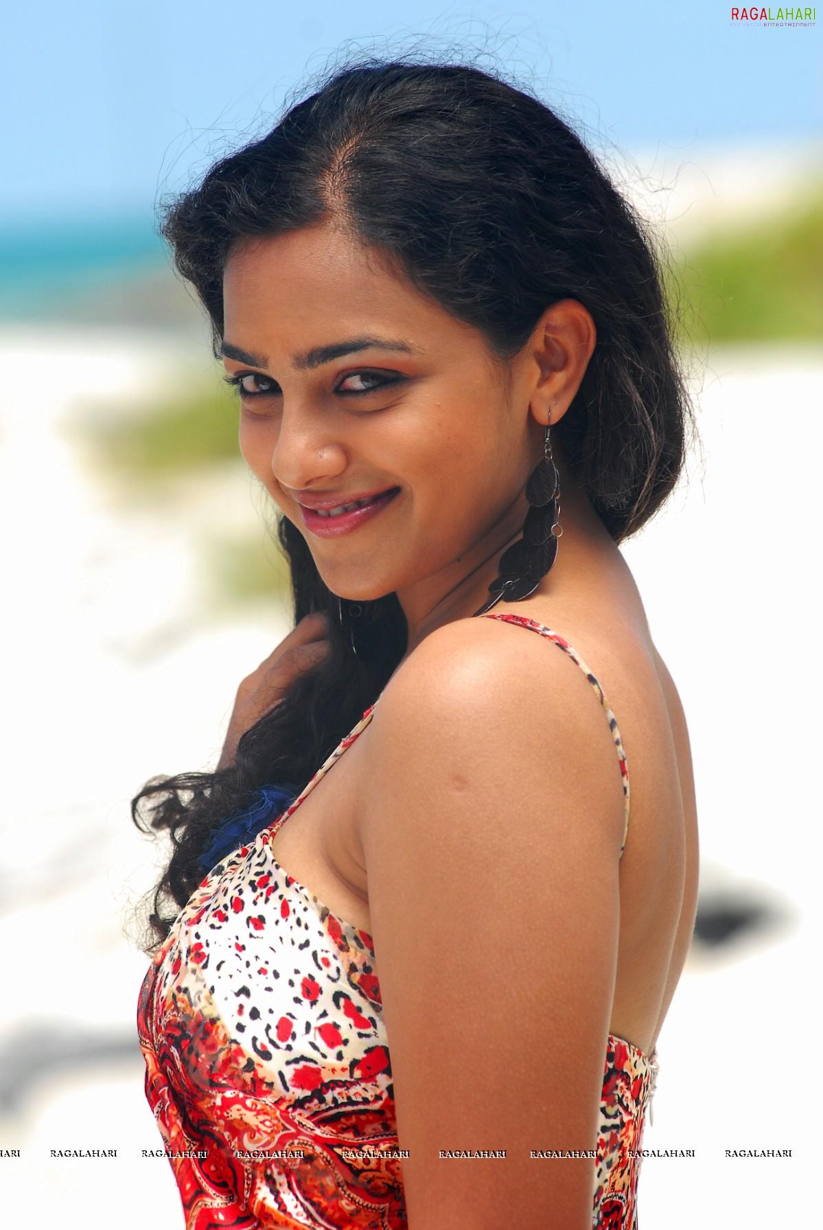 nithya menon (hi-res) image 14 | beautiful tollywood actress