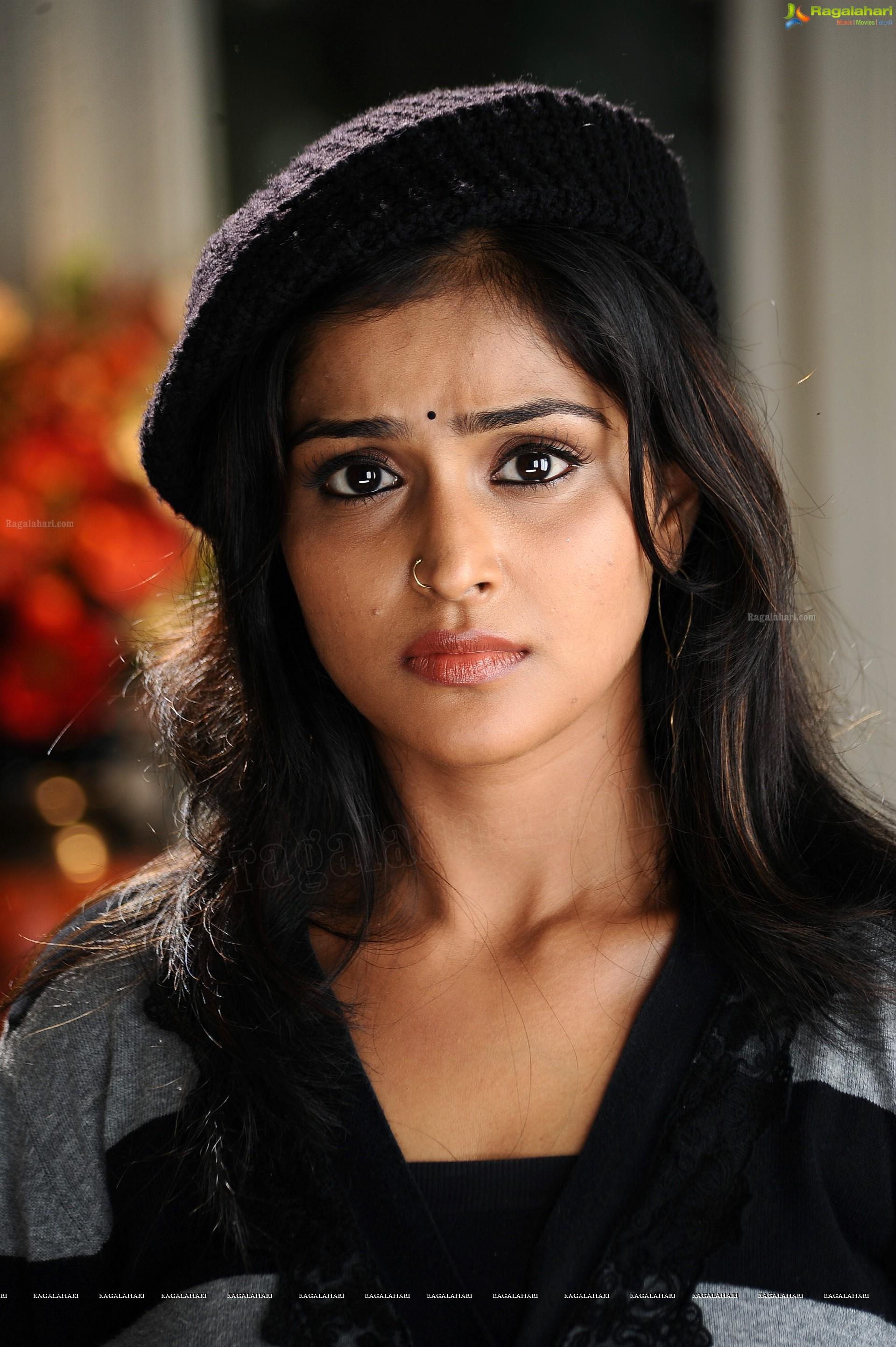 remya nambeesan (hd) image 54 | telugu actress photo gallery,images
