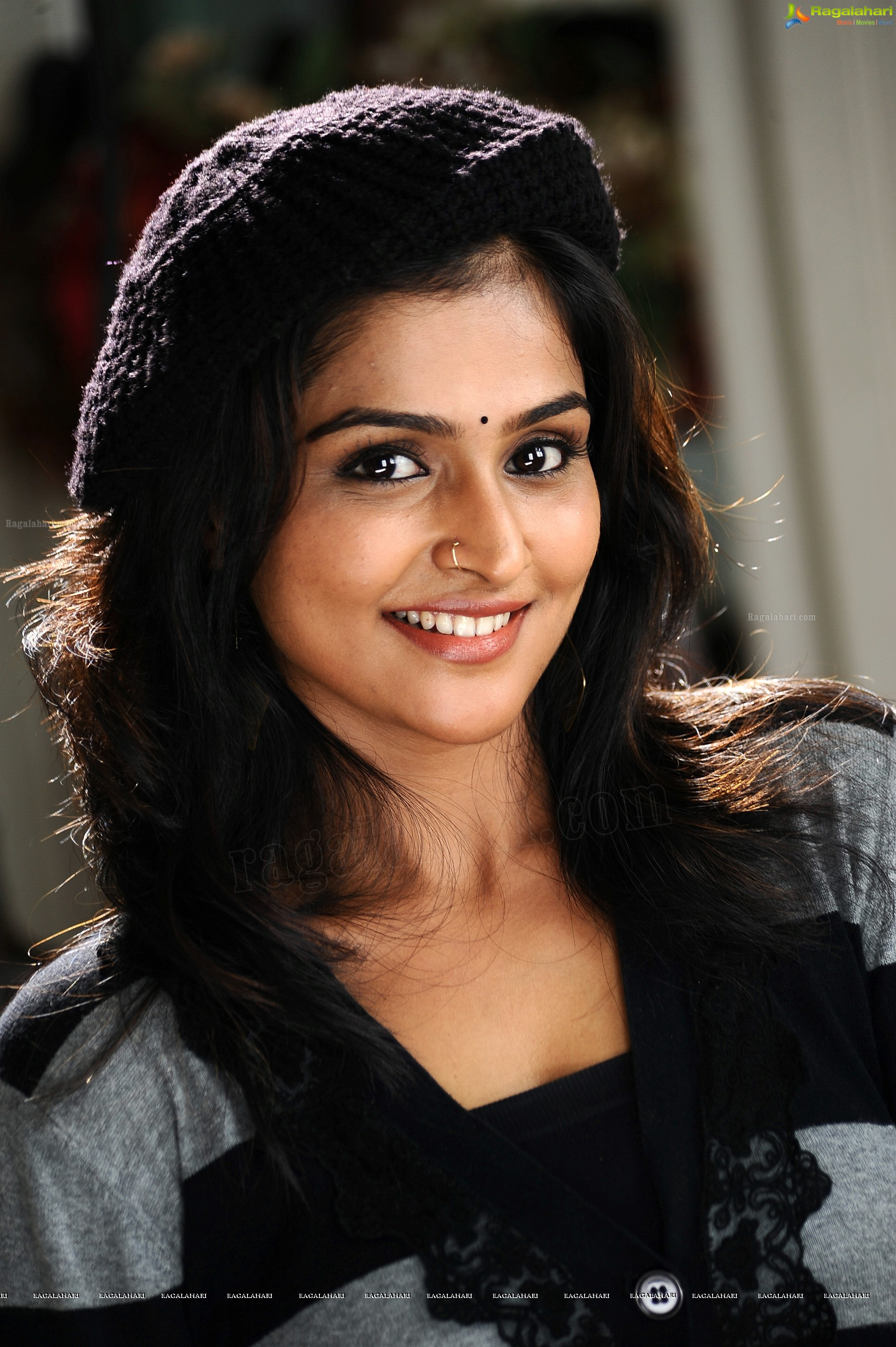 remya nambeesan (hd) image 61 | telugu actress photo gallery,images