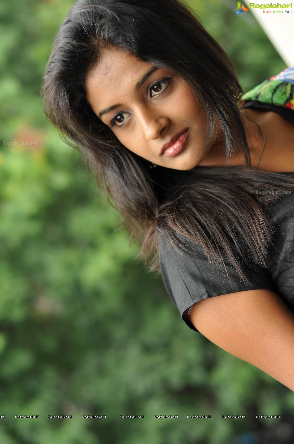 Amitha Rao Image 96 Telugu Movie Actress Photos Images Photos